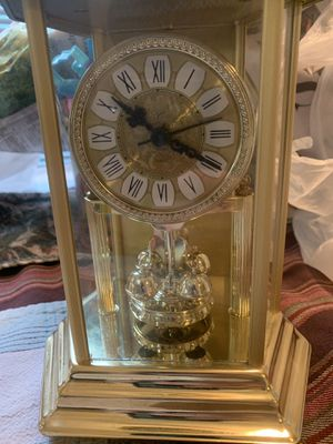 Antique Elgin glass shed clock for Sale in Syracuse, NY