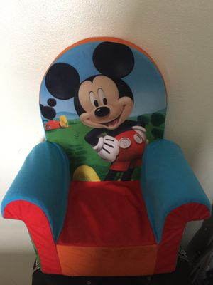 Mickie little sofa and the children stroller like new for Sale in Hialeah, FL