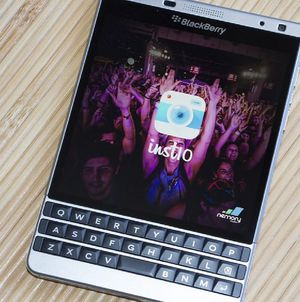 Blackberry passport, Silver Edition, Unlocked, like new for Sale in Seattle, WA