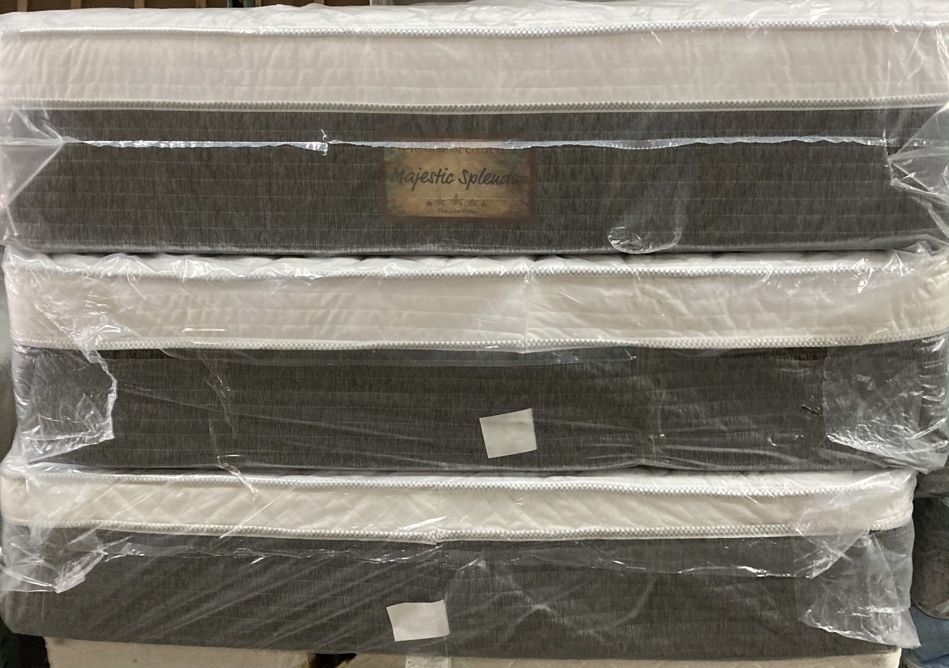 😴😴 PILLOW TOP MATTRESS ALL SIZE BRAND NEW STARTING AT $170 BEST PRICE IN TOWN😴😴