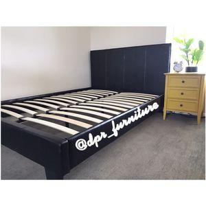 Platform bed frame ! New in box ! Black ! for Sale in San Diego, CA