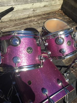 1996 DW drum set Keller shells Top of the line drum set comes with 3 stands 4 tuxedo soft cases no cymbals no other hardware 3,000 or best offer. for Sale in Alexandria, VA