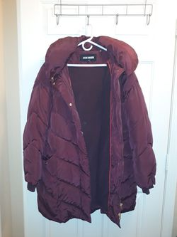 Steve Madden polyester winter coat. XL, padded with padded hood. Very warm Thumbnail