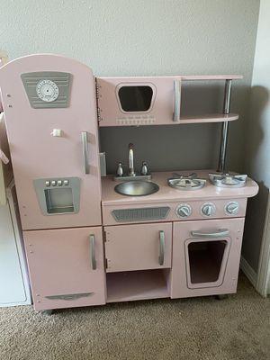 Photo Kid Kraft vintage kitchen