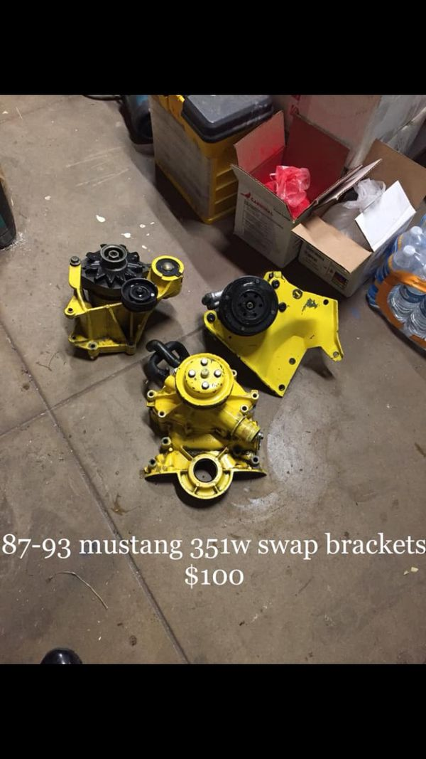 79-93 mustang 351w swap bracket for Sale in Pasadena, CA - OfferUp