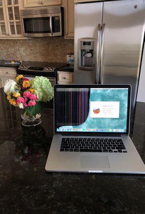 "MacBook Pro Retina 15"" Mid 2014 with cracked screen for Sale in Houston, TX"