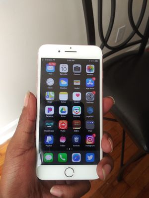 Apple, IPhone 7 Plus 32 GB, Unlocked, Clean IMEI, Unlocked to use with all carriers for Sale in Landover, MD