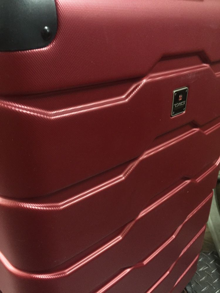 MCYs Luggage pallets, brand names, offered at 20% of retail value