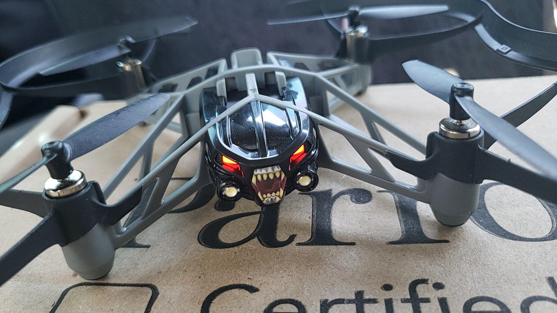 Parrot mini drone (S.W.A.T)