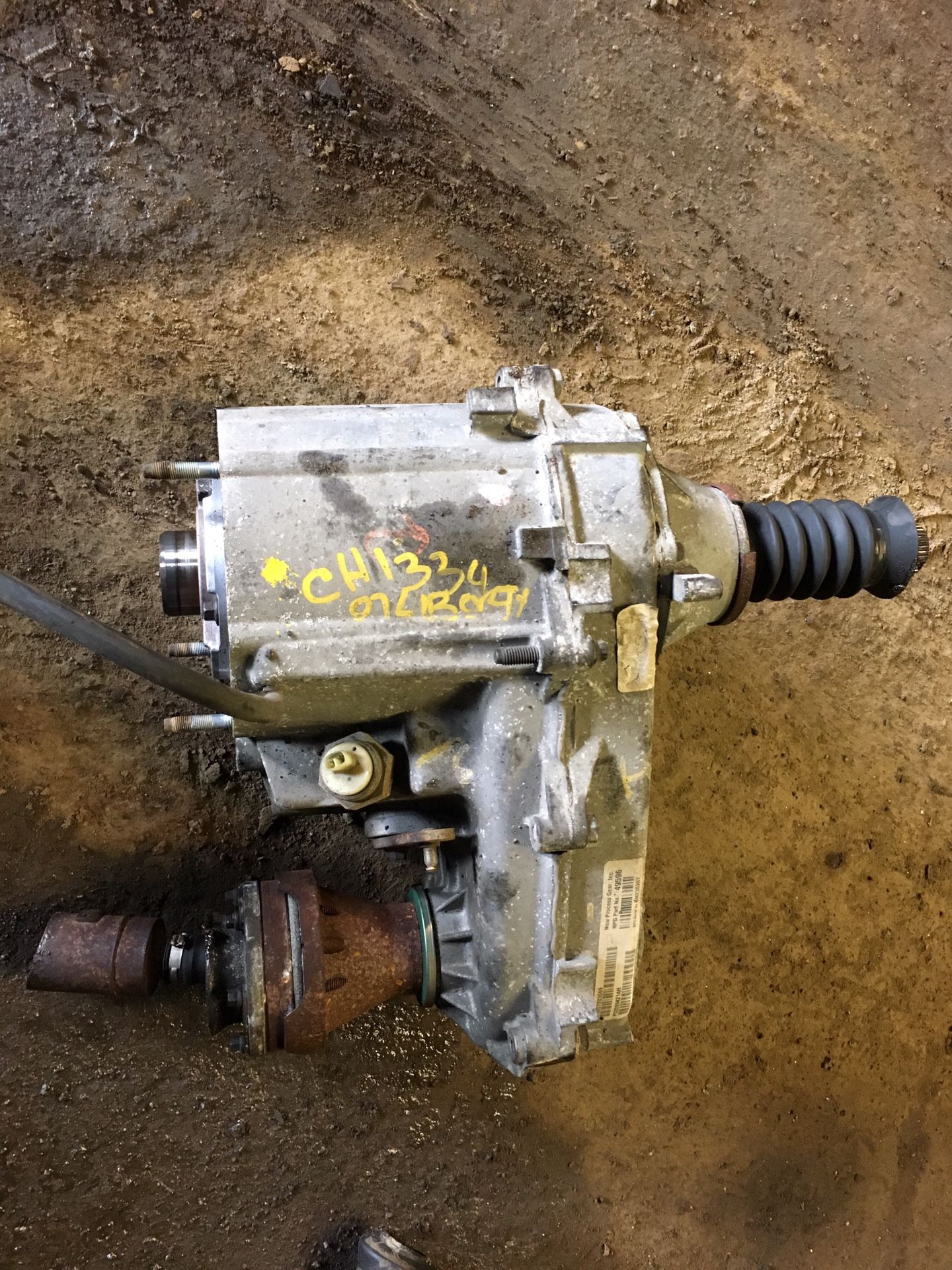 2007 Jeep Liberty 4x4 3.7L Command Trac Transfer Case Assy for sale
