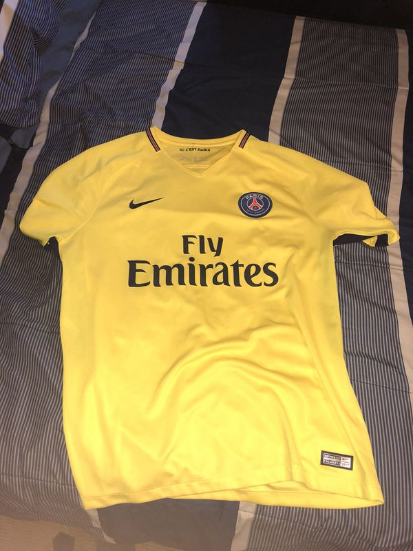 buy online 32b41 217fa Mbappe psg Jersey for Sale in Aurora, CO - OfferUp