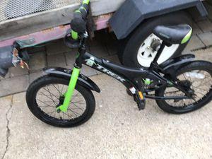 TREK 16in good bike for Sale in Lake Ridge, VA