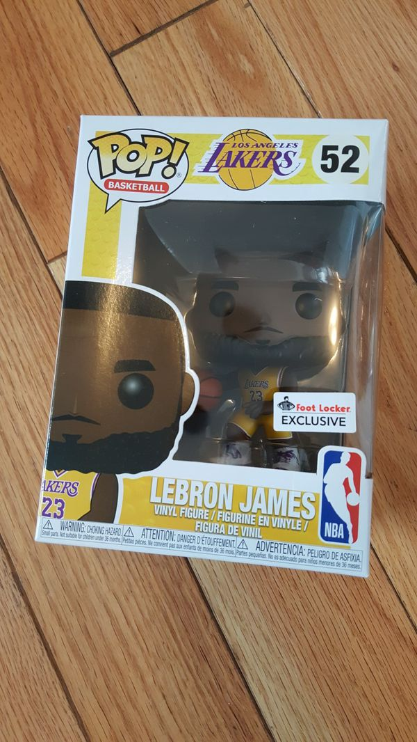 c35cb420242 DS FUNKO POP! LAKERS LEBRON JAMES GOLD JERSEY FOOTLOCKER EXCLUSIVE. Los  Angeles ...