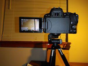 Canon EOS Rebel SL2 DSLR Camera w/ EF-S 18-55mm Lens for Sale in Arlington, VA