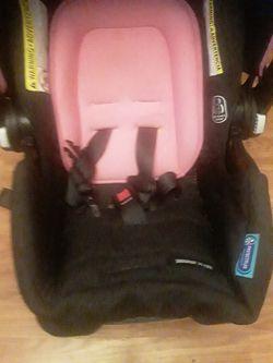 New Graco Snugride 35 lite Infant carseat Thumbnail