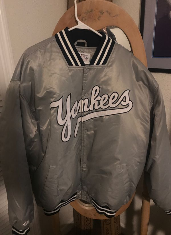 Majestic xxl gray yankee jacket wore once for Sale in Port St. Lucie ...