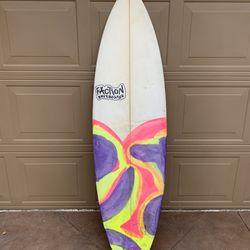 Surfboard - 5'9 Quad Custom Shortboard Thumbnail