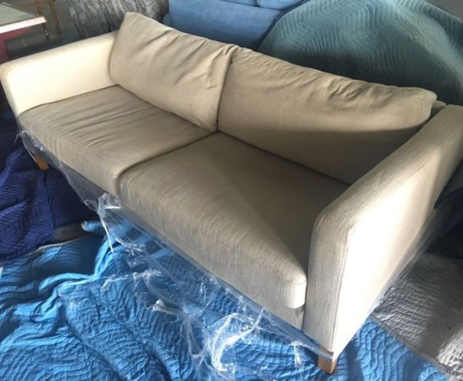Lowback Canvas Couch