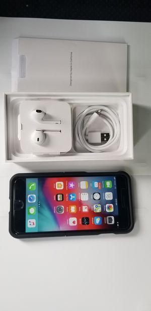 iPhone 8 PLUS 64GB for Sale in Arlington, VA