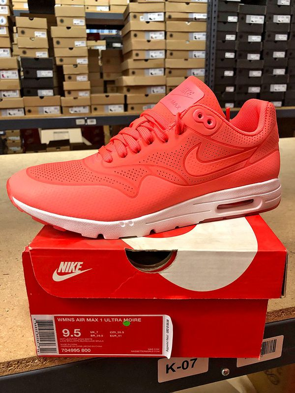 031ed3c558d7 Nike Women s Air Max 1 Ultra Moire Running Shoes size 9.5 for Sale ...