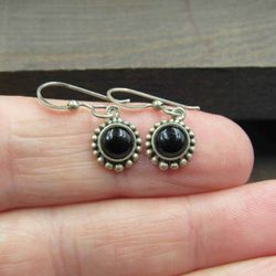 Sterling Silver Small Black Material Rustic Earrings Vintage Wedding Engagement Anniversary Beautiful Thumbnail