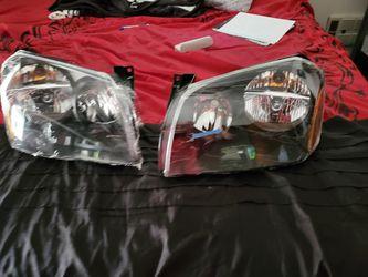 Dodge magnum headlights 2005 to 2007 Thumbnail