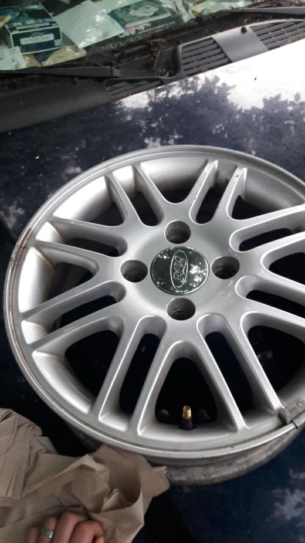 15 Ford Focus Rims Set For Sale In Indianapolis In Offerup