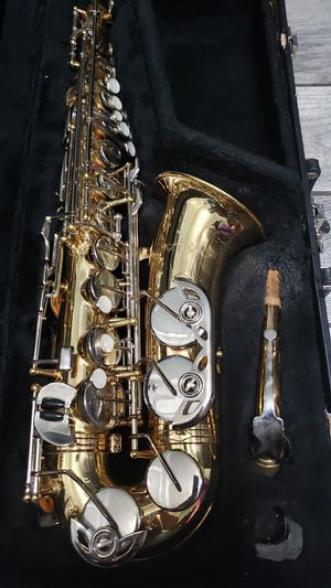 Vito Alto Saxophone for Sale in Los Angeles, CA