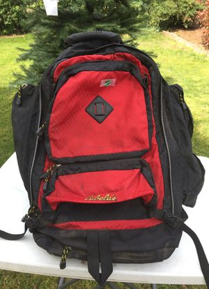 Cabela's Backpacking Pack Small for Sale in Dinuba, CA