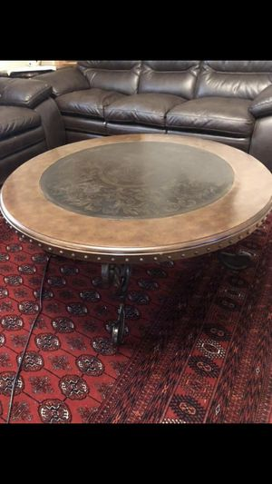 Coffee table for Sale in UNIVERSITY, VA