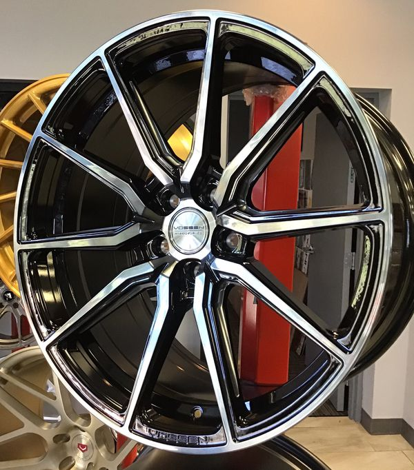 "New! 20"" Staggered VOSSEN Hybrid Forged HF3 Gloss Black"