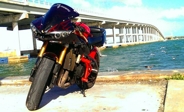 2005 Yamaha R6 stunt bike for Sale in Miami Springs, FL ...