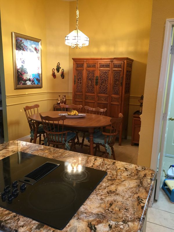 Exquisite Rosewood Buffet Hutch For Sale 500 In Frisco TX