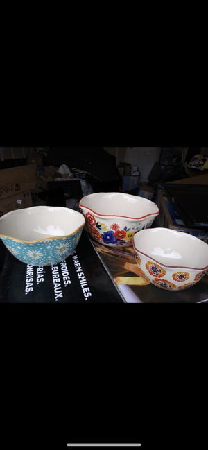 Photo The Pioneer Woman 3-Piece Nesting Bowl Set