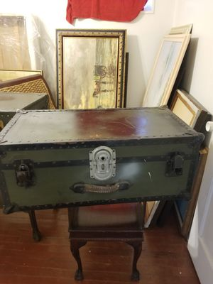 Vintage military chest trunk for Sale in Oxon Hill, MD