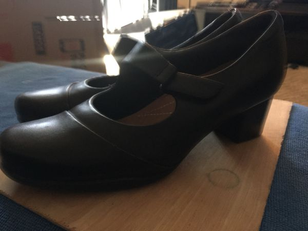 156f0340db217 Rosalyn wren Clark heels for Sale in Houston, TX - OfferUp