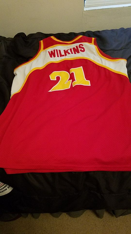 official photos 39adb fbb61 Dominique Wilkins Throwback Jersey And Kevin Garnett for Sale in Baker, LA  - OfferUp