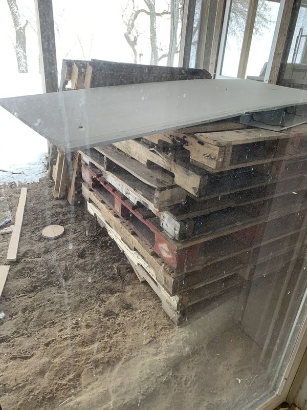 Free, wood pallets for Sale in Stoughton, WI - OfferUp