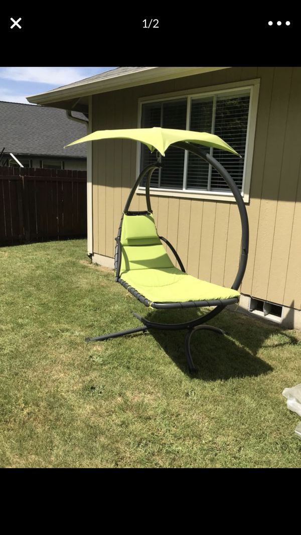 Outdoor Hanging Curved Chaise Lounge Chair Swing For