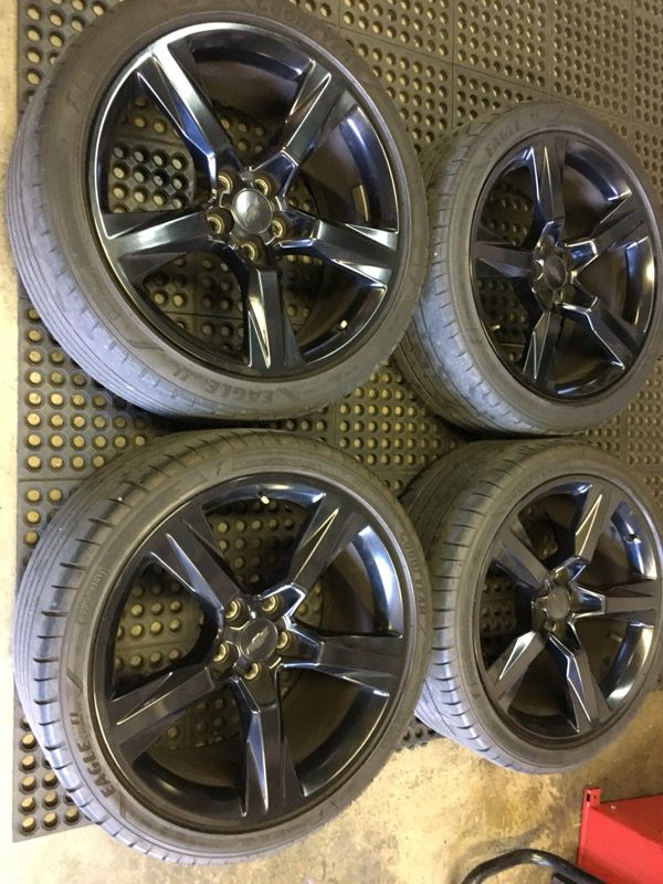 2016 Camaro Ss 20 Black Oem Alloy Wheels And Tires