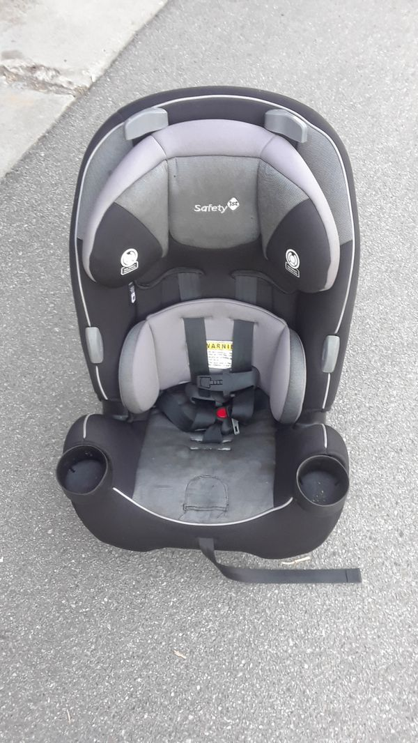 Today S Special Safety 1st Everfit 3 In 1 Convertible Car Seat For Sale In Covina Ca Offerup