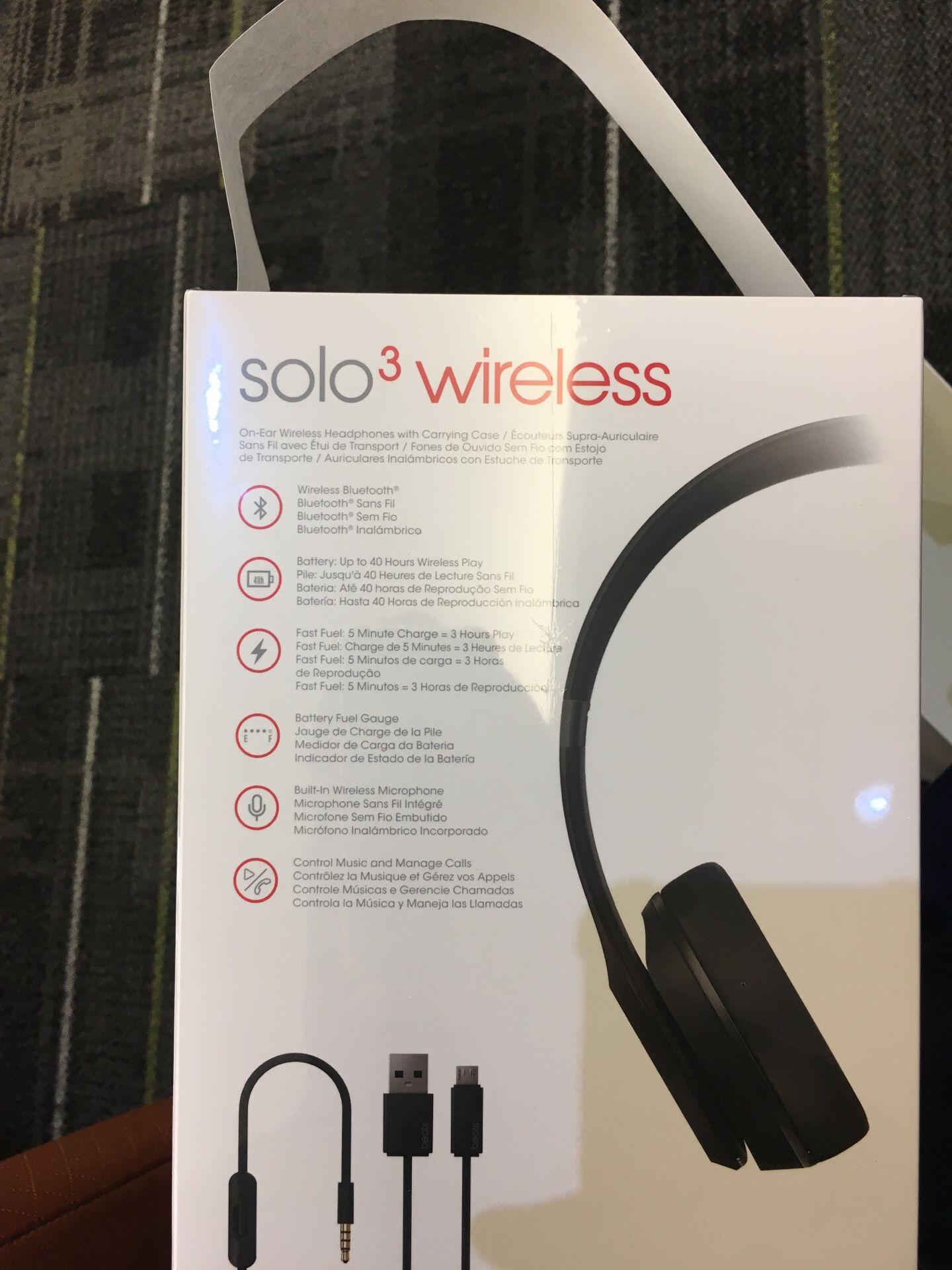 Wireless headphones (beats solo 3 wireless)