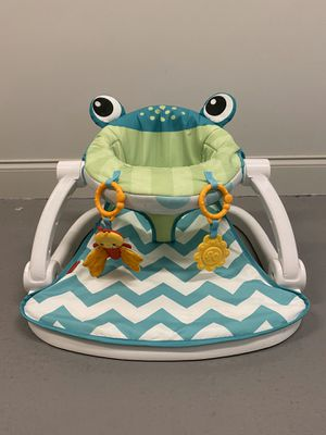 Photo Fisher-Price® Sit-Me-Up Frog Floor Seat in Citrus