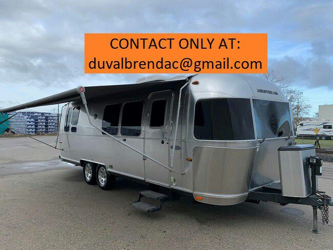 Photo nxty2015 Airstream Flying Cloud 28 Camping Trailer RV