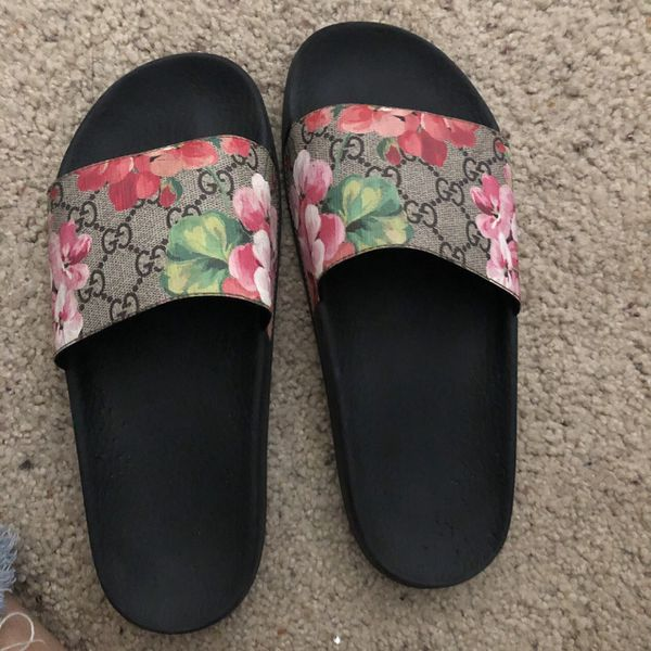 1dcbe80cd43 GUCCI slides for Sale in Claremont