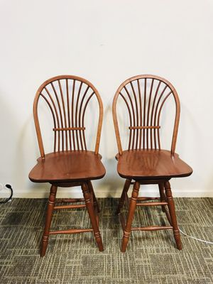 Cherry wood swivel bar stools for Sale in Ashburn, VA