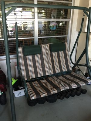 Patio swing chair outdoor furniture for Sale in Pompano Beach, FL