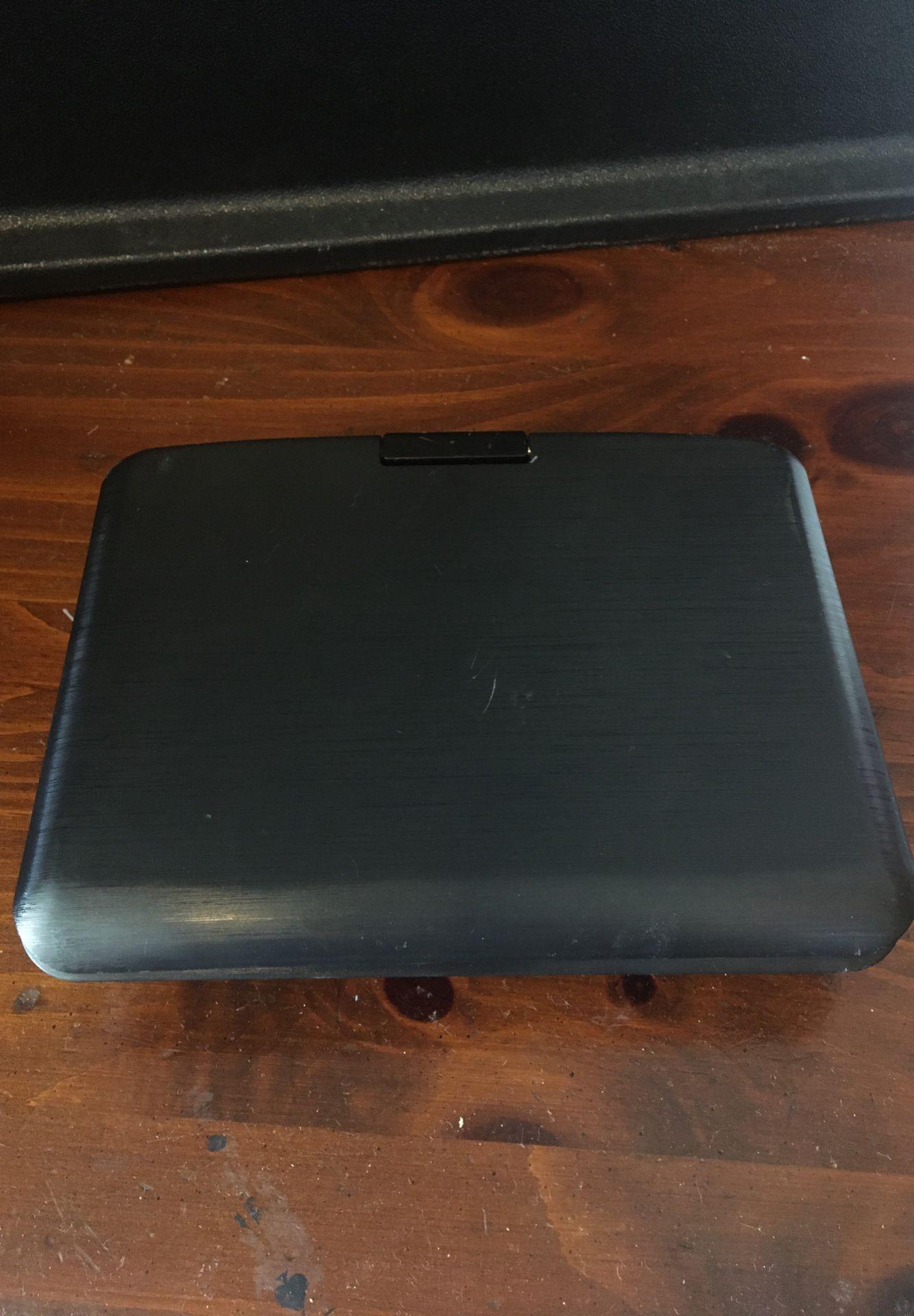 "Portable DVD Player 7"" inch screen"