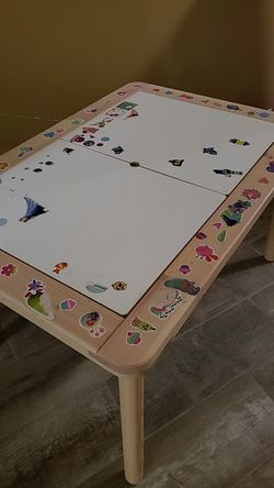 Children's table Thumbnail