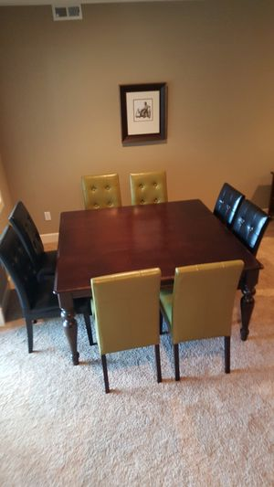 Dining Table And Chairs Bassett Custom 8 Pier 1 For In Tacoma